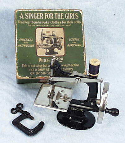 Meeker's WwwAntiqBuyer Past Sales Archive Antique Singer Toy Adorable 1955 Singer Sewing Machine Value