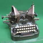 Oliver # 9 Typewriter